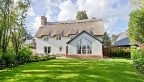 Re-Thatch Leicester
