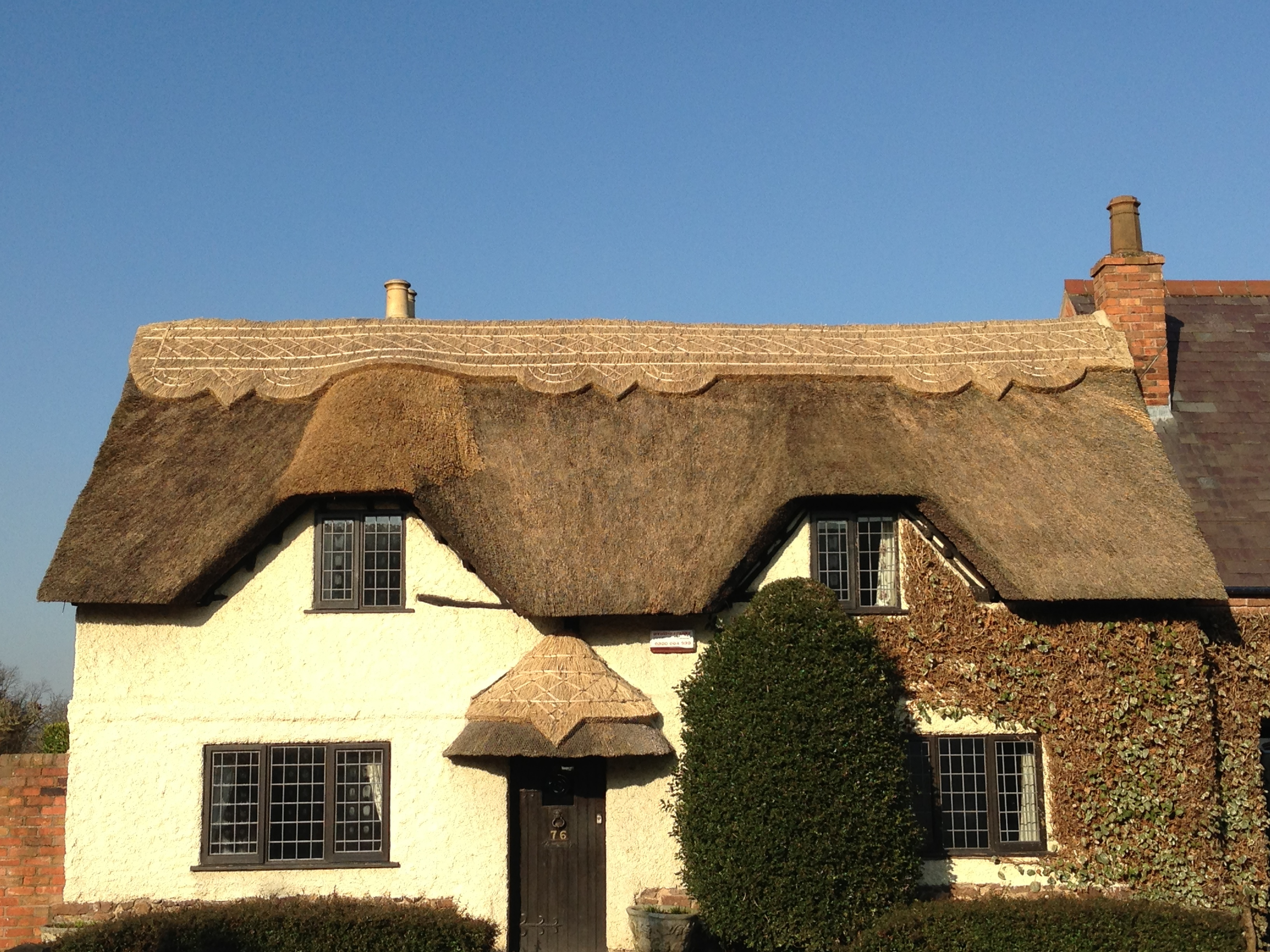 Thatched Roof Repairs Leicester Emergency Thatch Roof