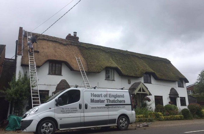 De-Mossing a thatched roof – Leicester