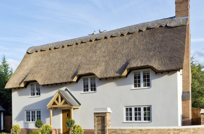 When Should I Repair My Thatch Roof and When Should I Re-thatch It?