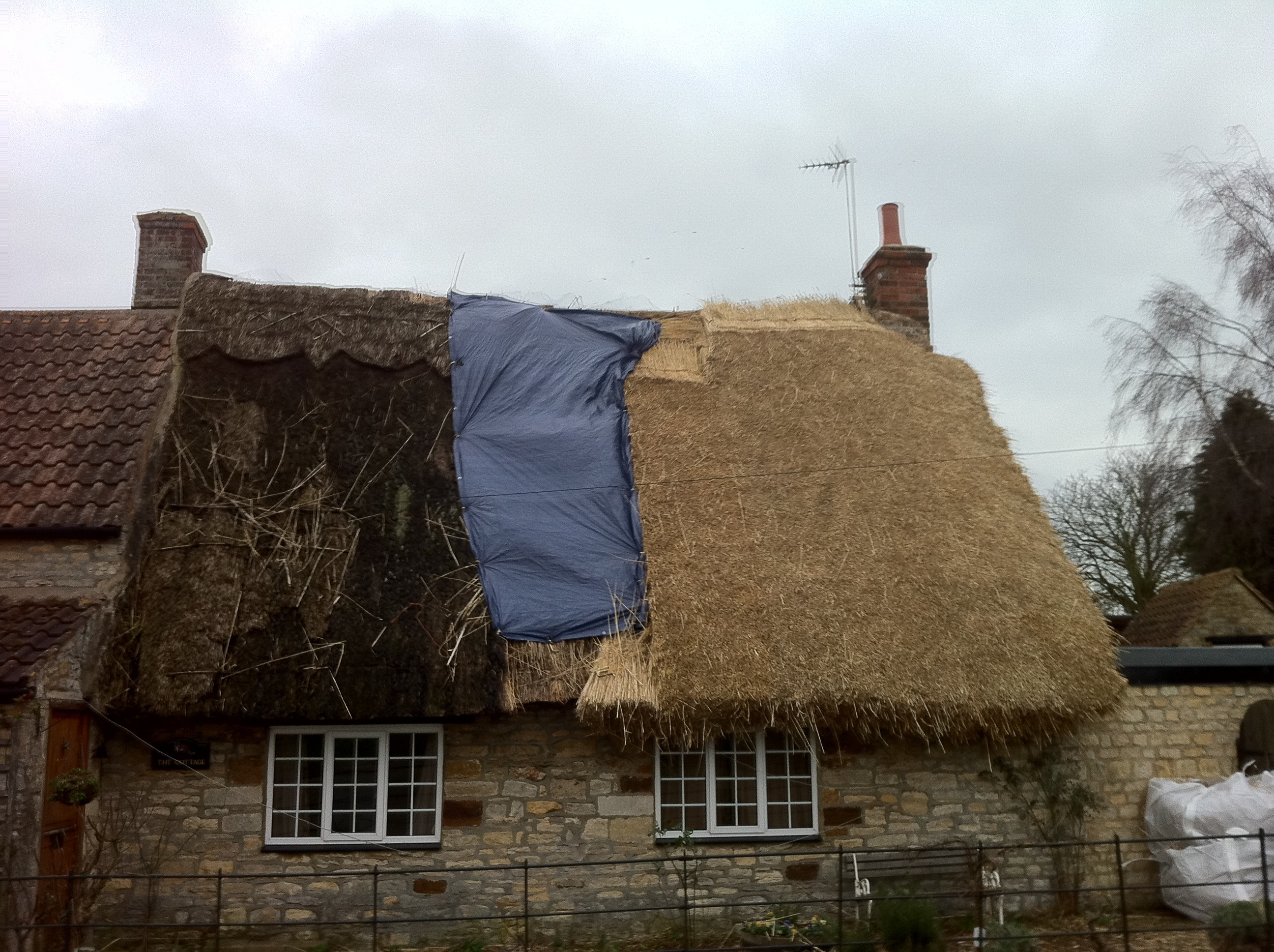 Re Thatching Heart Of England Master Thatchers